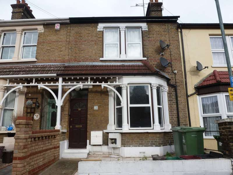 2 Bedrooms Flat for sale in Thornton Road, Belvedere
