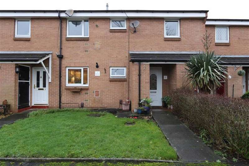2 Bedrooms Flat for sale in 8, Zinnia Drive, Irlam