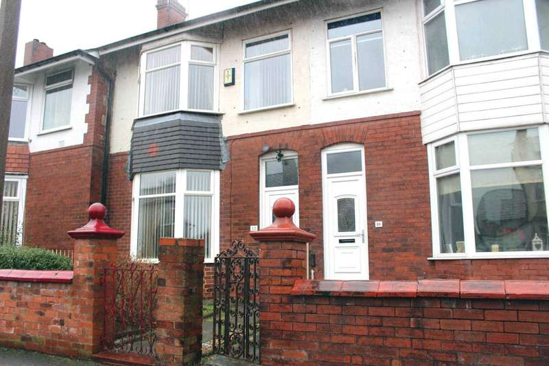 3 Bedrooms Terraced House for sale in Roscow Avenue, Breightmet