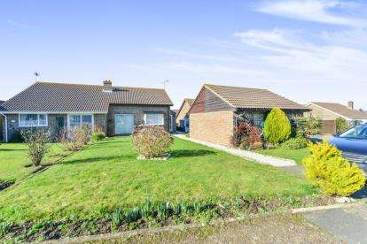 2 Bedrooms Bungalow for sale in Sandown, Isle Of Wight, .