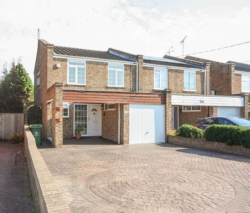 4 Bedrooms Semi Detached House for sale in Mountnessing Road, Billericay CM12