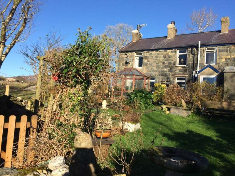 2 Bedrooms Semi Detached House for sale in 2 Taleifion, Garndolbenmaen LL51