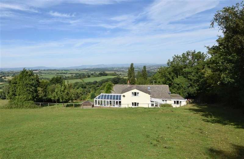 4 Bedrooms Detached House for sale in Cwmcarvan, Monmouthshire