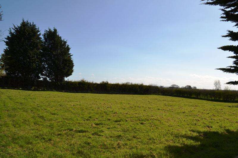 Land Commercial for sale in Cheapside, Waltham DN37