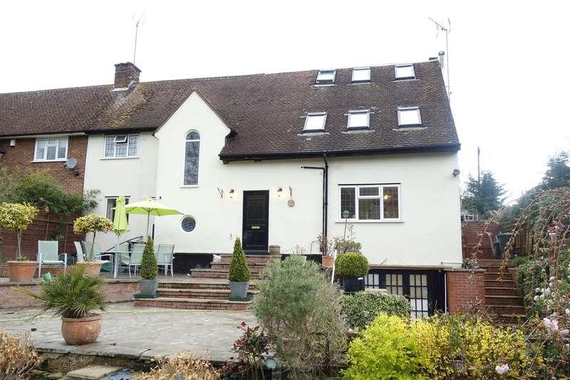 5 Bedrooms Semi Detached House for sale in Oaklea, Welwyn AL6
