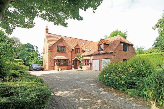 5 Bedrooms Detached House for sale in The Rectory Cottage, Beck Street, Thurgarton, Nottinghamshire NG14 7HB