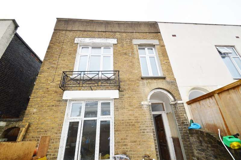 1 Bedroom Apartment Flat for sale in Plumstead Common Road, Plumstead, London SE18