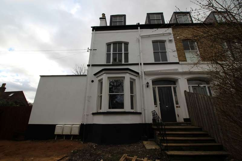 1 Bedroom Flat for sale in D Kings Road, Berkhamsted, HP4