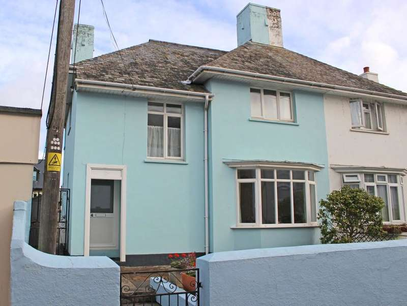 3 Bedrooms Semi Detached House for sale in Anchor Street, Watchet TA23
