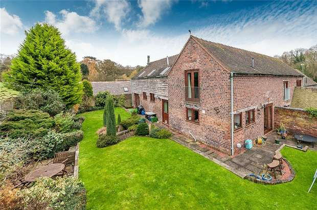 4 Bedrooms Mews House for sale in Whitehouse Farm Barns, Leighton, Shrewsbury, Shropshire