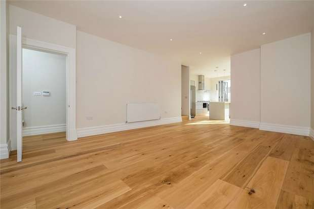4 Bedrooms End Of Terrace House for sale in Letchford Gardens, Kensal Green, London