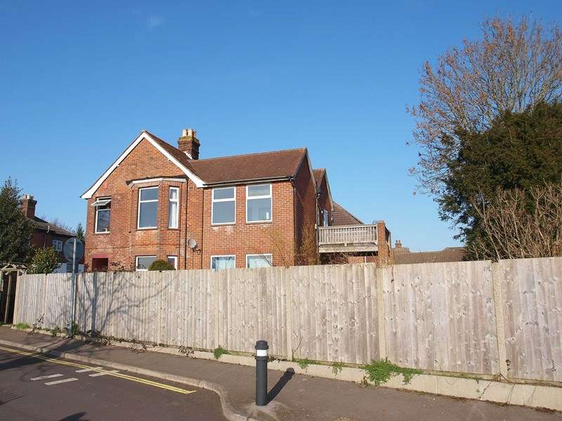 Property for sale in Bath Lane, Fareham