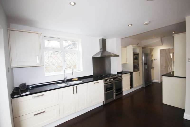 5 Bedrooms House for rent in Shaa road W3