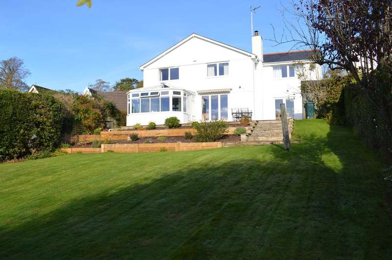 4 Bedrooms Detached House for sale in Castle Hill, Llanblethian CF71