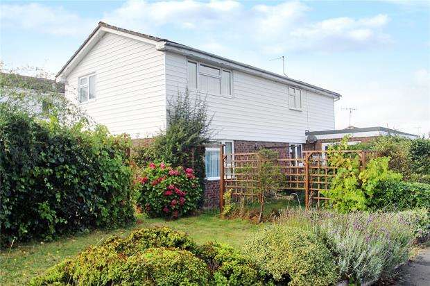 6 Bedrooms Detached House for sale in Malin Road, Littlehampton, West Sussex, BN17