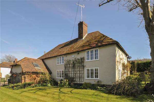 4 Bedrooms Detached House for sale in Brook Farm House, Whitehill, Eastling Road, Ospringe, Faversham