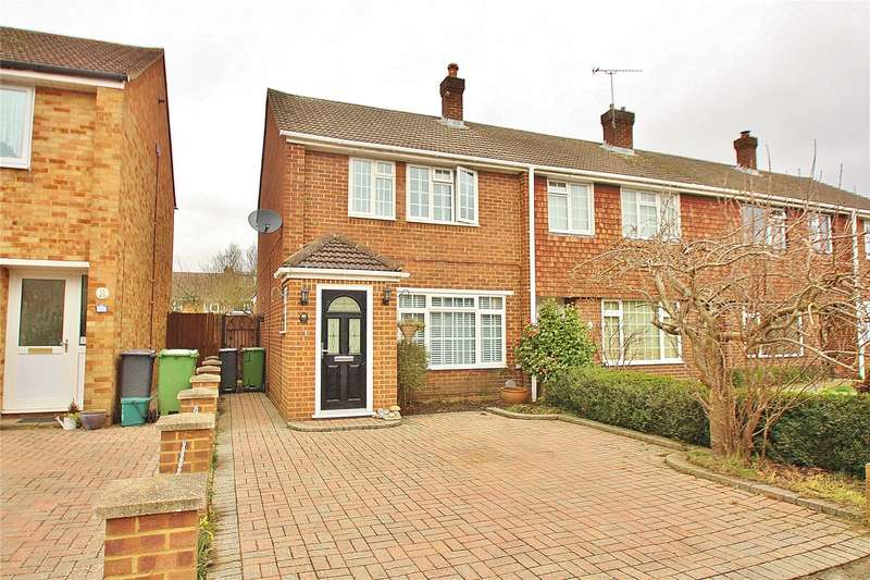 3 Bedrooms End Of Terrace House for sale in Bolding House Lane, West End, Woking, Surrey, GU24