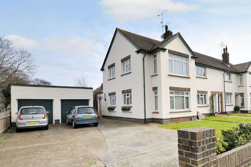 2 Bedrooms Flat for sale in Shaftesbury Avenue, Goring-by-Sea
