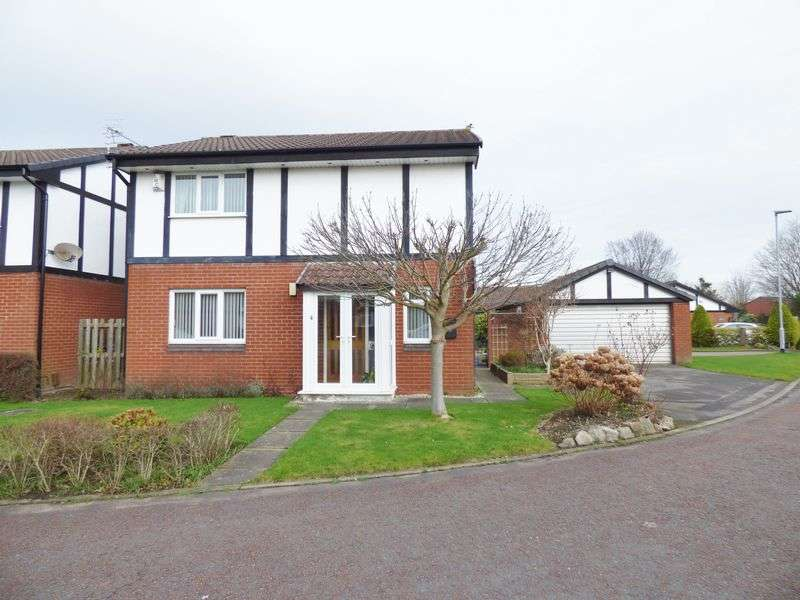 4 Bedrooms Detached House for sale in Gables Close, Warrington