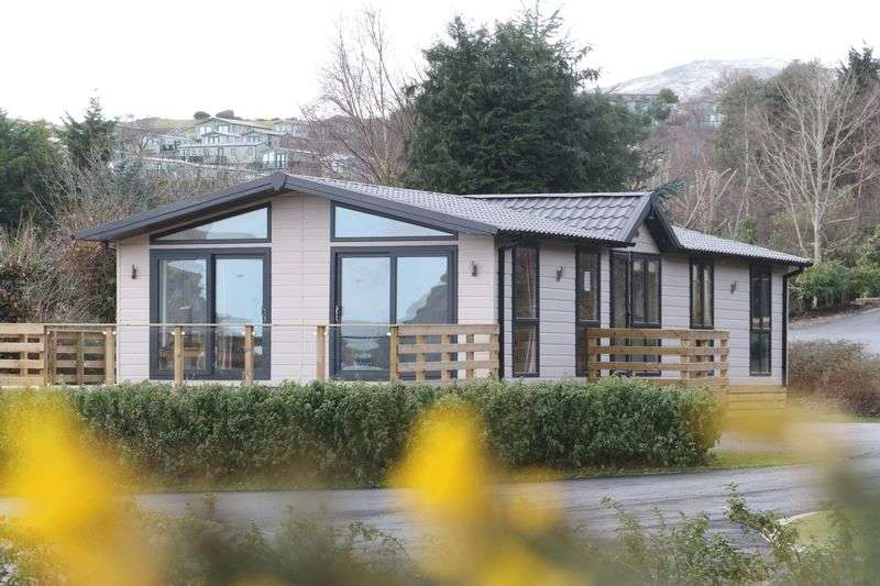 3 Bedrooms Bungalow for sale in Conwy Lodge Park, Trefriw Road, Conwy, North Wales, LL32 8UX