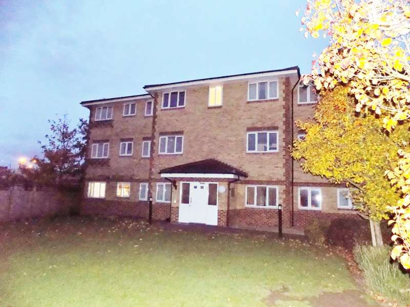 2 Bedrooms Flat for sale in Honeypot Lane, Stanmore, London, HA7
