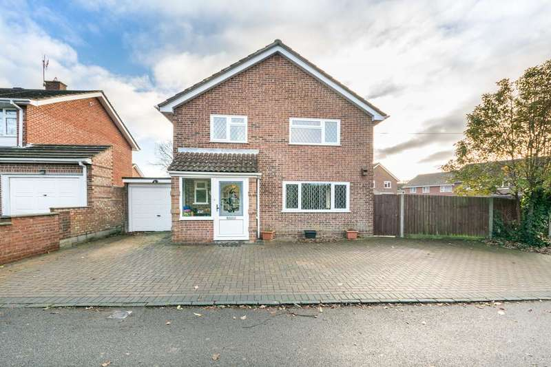 4 Bedrooms Detached House for sale in Beacon Bottom, Park Gate, Southampton SO31