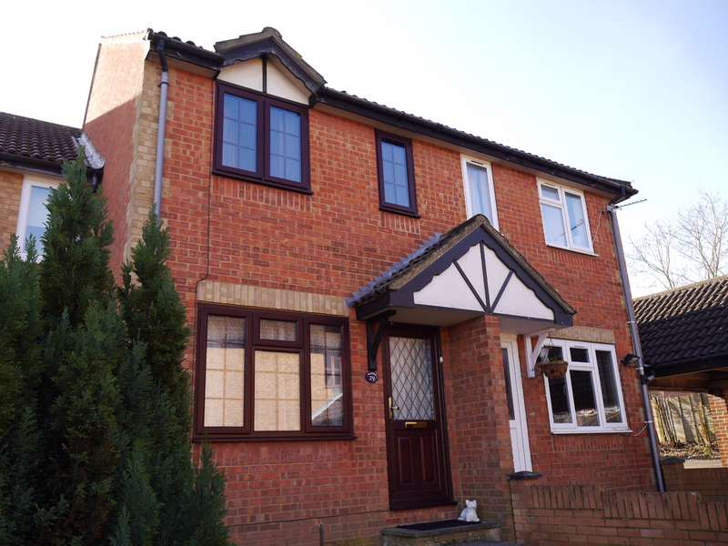 2 Bedrooms Terraced House for sale in Bracklesham Close, Sholing, Southampton