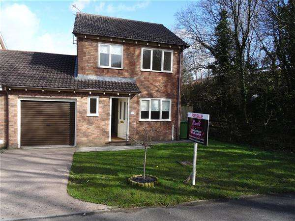3 Bedrooms Detached House for sale in Stryd Silurian, Elms Farm, Llanharry