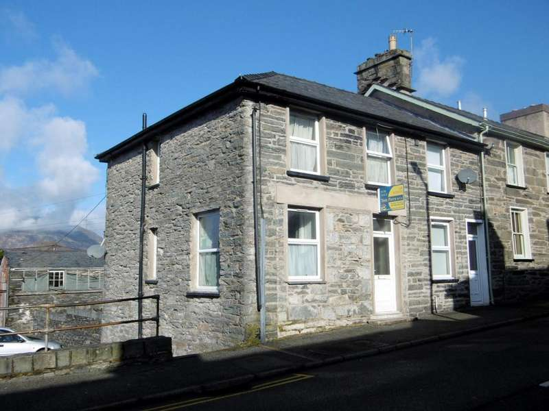2 Bedrooms End Of Terrace House for sale in Manod Road, Blaenau Ffestiniog LL41