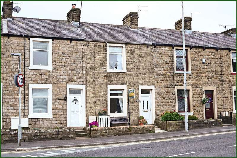 3 Bedrooms Terraced House for sale in 429 Colne Road, Kelbrook, BB18 6TG