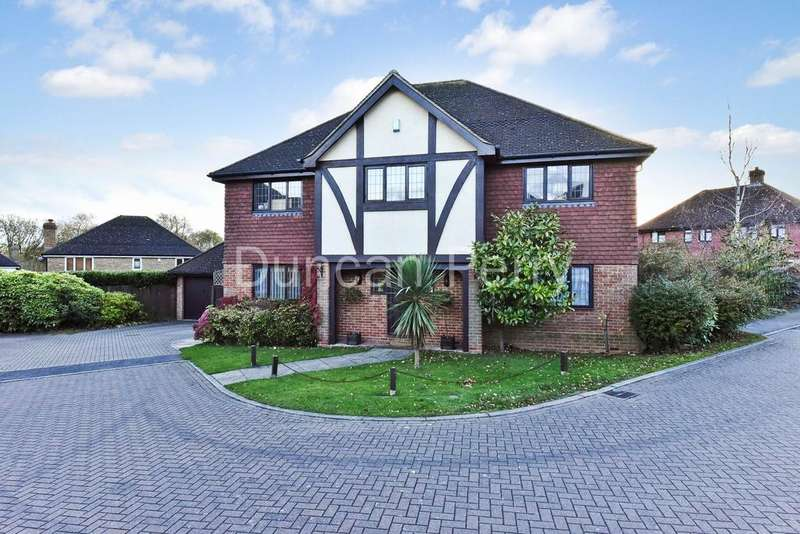 5 Bedrooms Detached House for sale in Richardson Crescent, West Cheshunt EN7