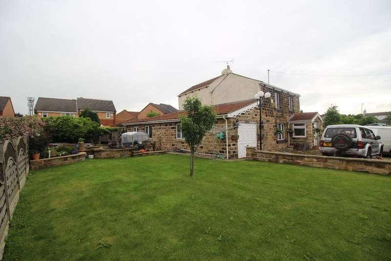 4 Bedrooms Detached House for sale in Darton Lane, Mapplewell, Barnsley, S75
