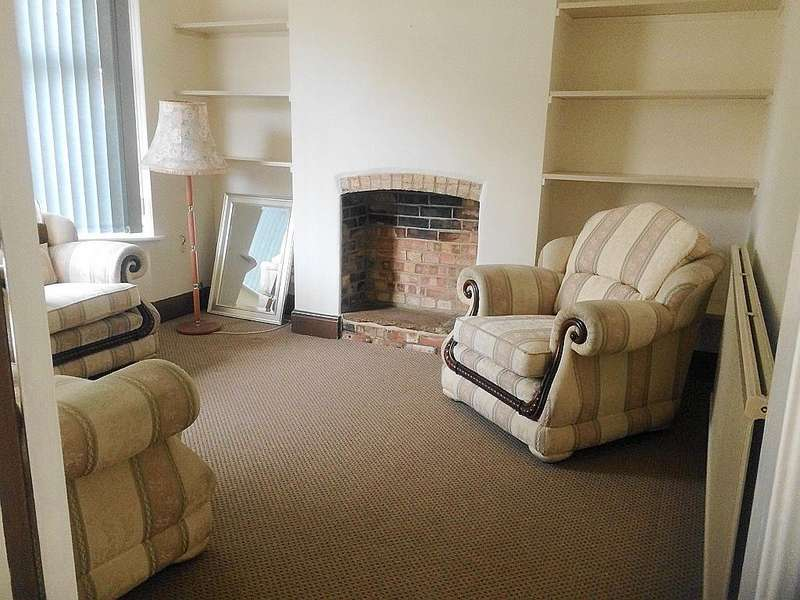 3 Bedrooms Semi Detached House for sale in Exeter Road, Peterborough PE1