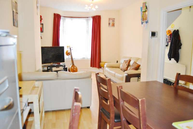 3 Bedrooms Terraced House for sale in Outram Road, East Ham, London E6
