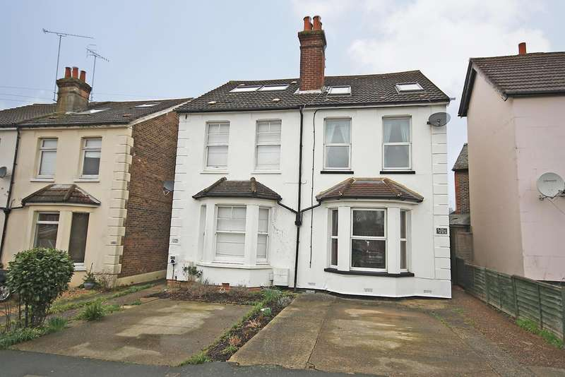 3 Bedrooms House for sale in St John's Road, RH1