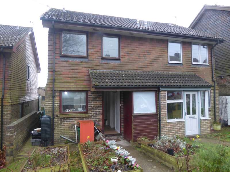 2 Bedrooms Semi Detached House for sale in Hawkenbury Way, Lewes