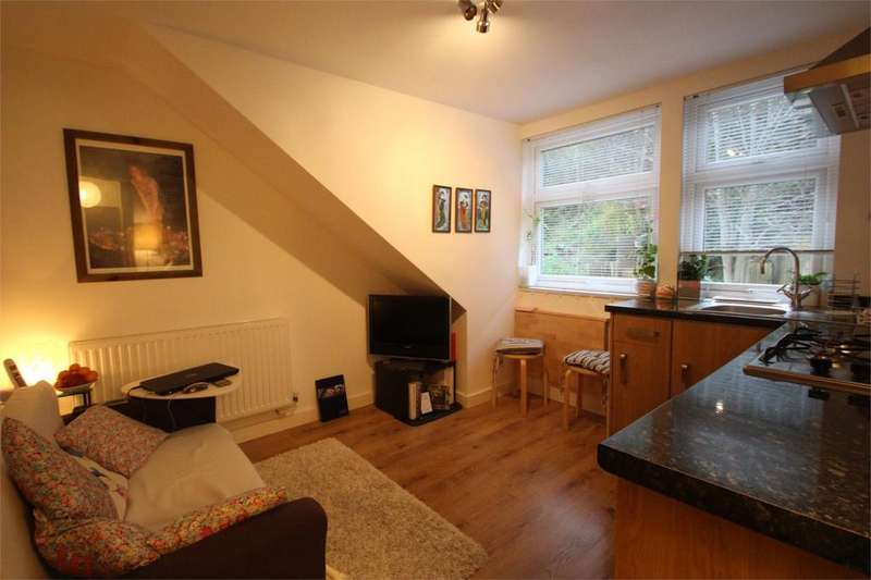 1 Bedroom Apartment Flat for sale in Bath Road, Arnos Vale, Bristol, BS4