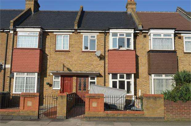 2 Bedrooms Terraced House for sale in Jutland Road, Catford , London, SE6 2DQ