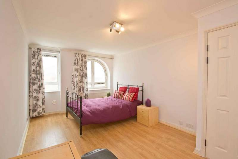 3 Bedrooms Flat for sale in Regent Plaza, Nw6