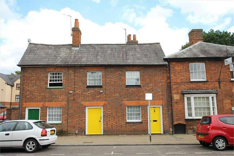 2 Bedrooms Cottage House for sale in Whitehorse Street, Baldock, SG7