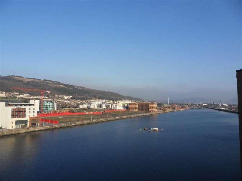 2 Bedrooms Apartment Flat for sale in Altamar, Swansea, Swansea
