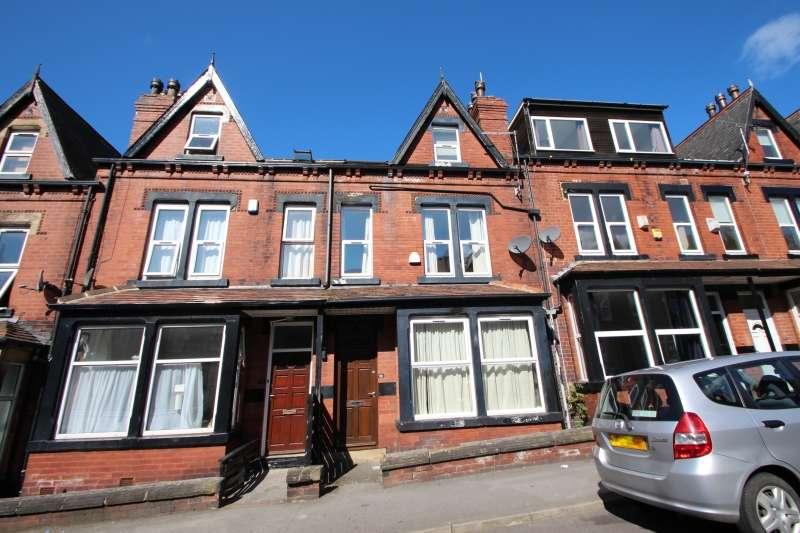 8 Bedrooms Terraced House for rent in Winston Gardens, Headingley, Leeds