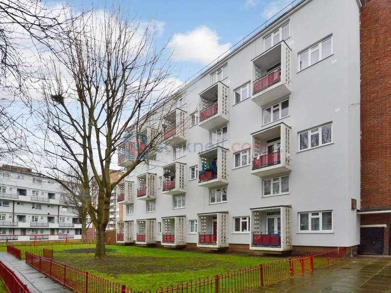 2 Bedrooms Flat for sale in Rennie Estate, South Bermondsey SE16