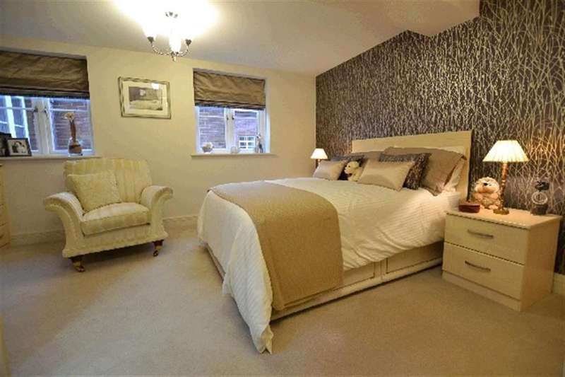 3 Bedrooms Flat for sale in Derwent House Barrowford Road, Colne, Lancashire
