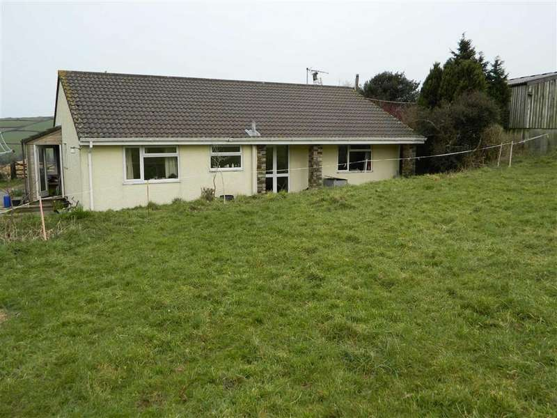 2 Bedrooms Bungalow for sale in Little Skewes Farm, St Wenn, Bodmin, Cornwall, PL30