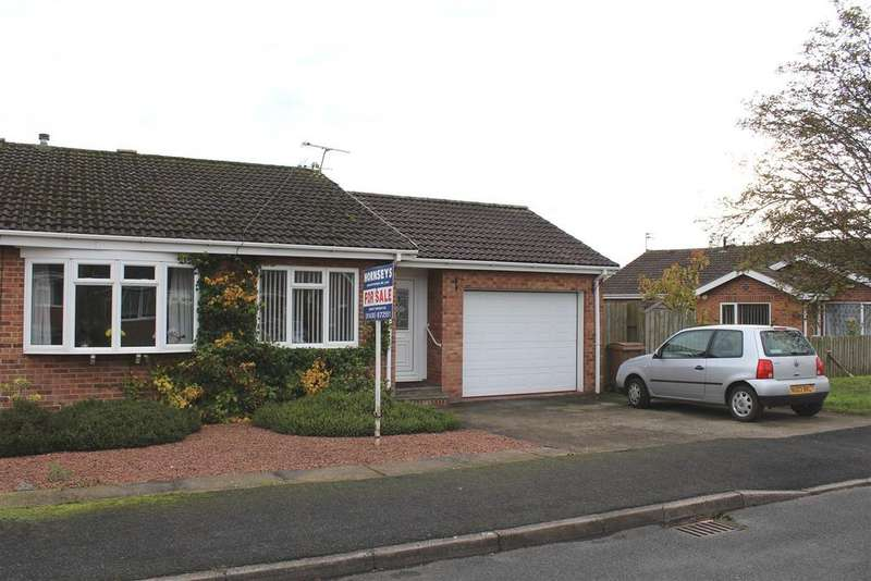 2 Bedrooms Bungalow for sale in Ash Grove, Market Weighton, York
