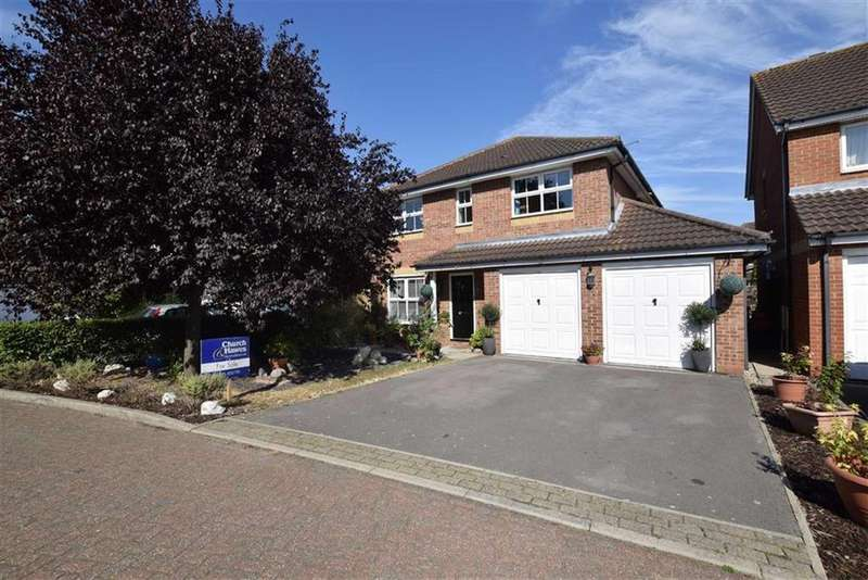 4 Bedrooms Detached House for sale in Tern Close, Mayland