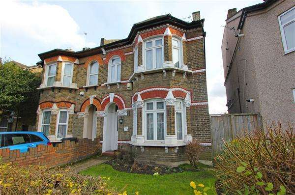 5 Bedrooms Semi Detached House for sale in Brighton Road, South Croydon