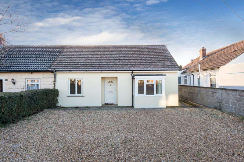 3 Bedrooms Semi Detached Bungalow for sale in Whitecross, Abingdon