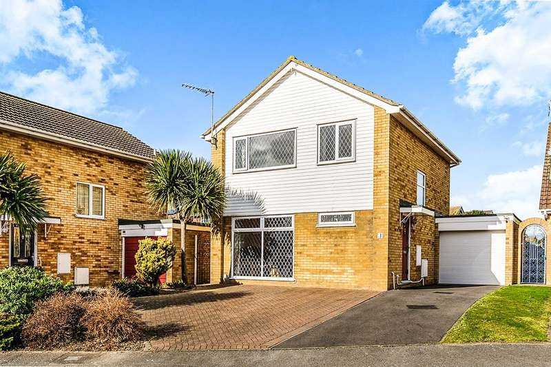 3 Bedrooms Detached House for sale in Warwick Drive, Ramsgate, CT11